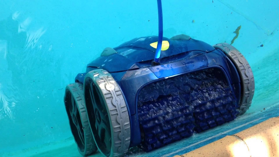 Best Pool Vacuum Detailed Analyzing Process Review Position
