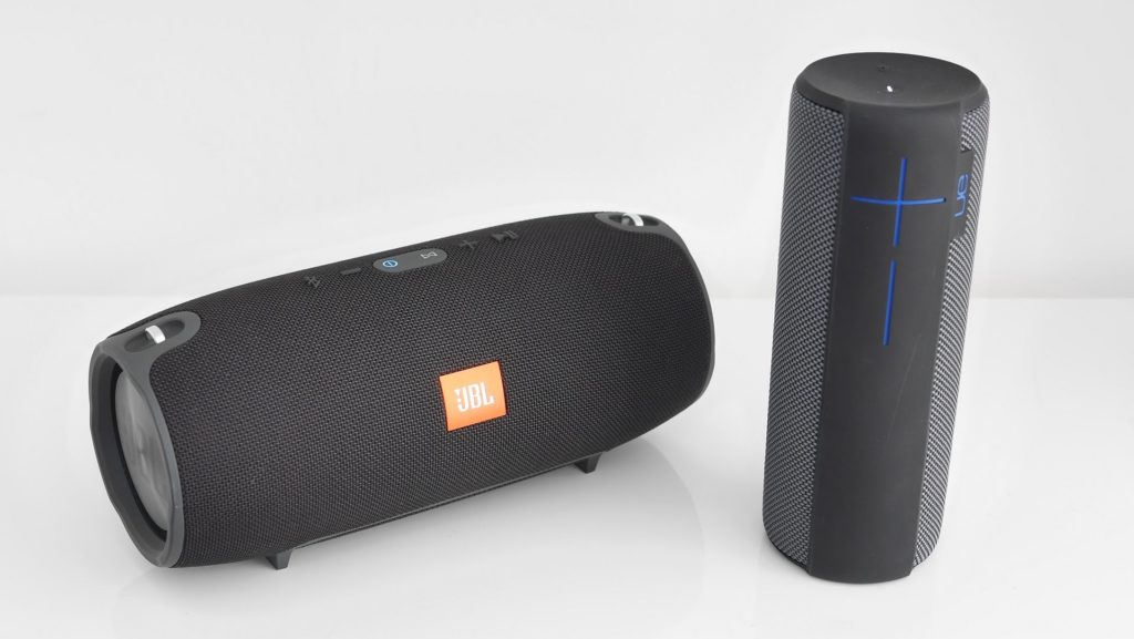 JBL Charge 3 vs UE Megaboom | Review Position