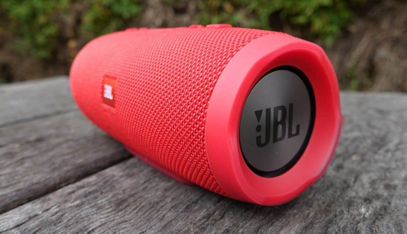 JBL Charge 3 vs JBL Charge 4 - Comparison | Review Position